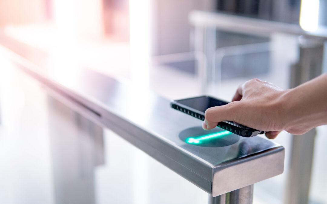 Mobile-Access-Lösungen für physischen Zutritt und logischen Zugang
